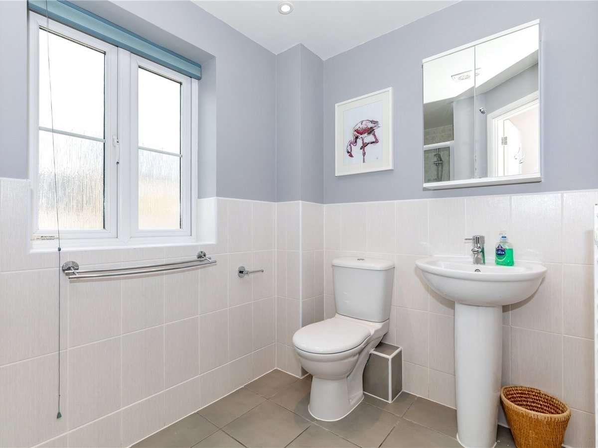 4 bedroom  House for sale in Bicester - Slide 11