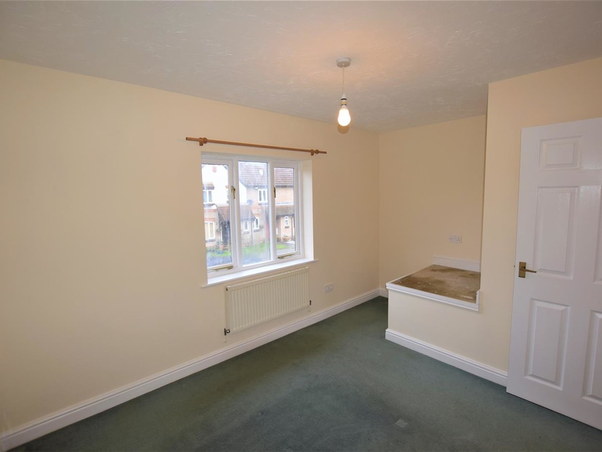 2 bedroom  House for sale in Oxfordshire - Slide 6