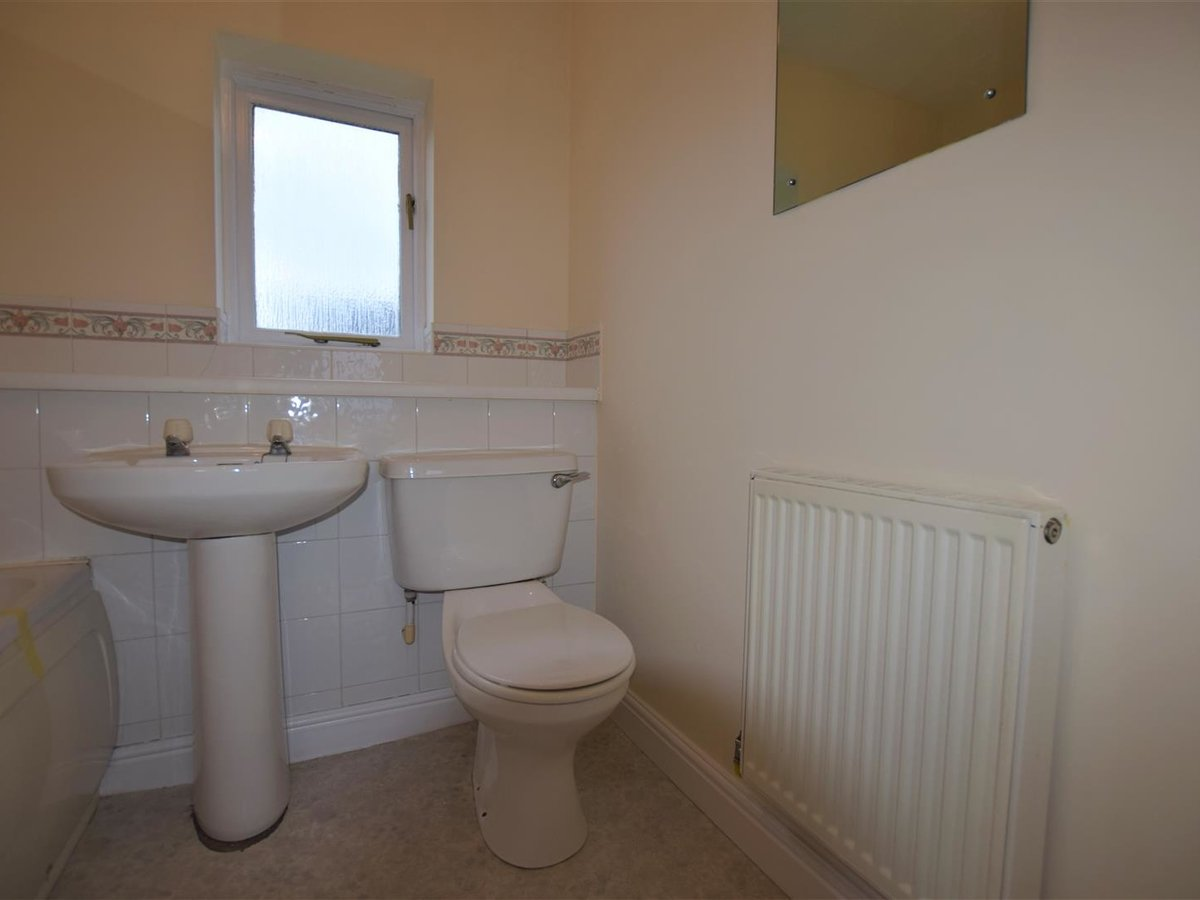 2 bedroom  House for sale in Oxfordshire - Slide 8