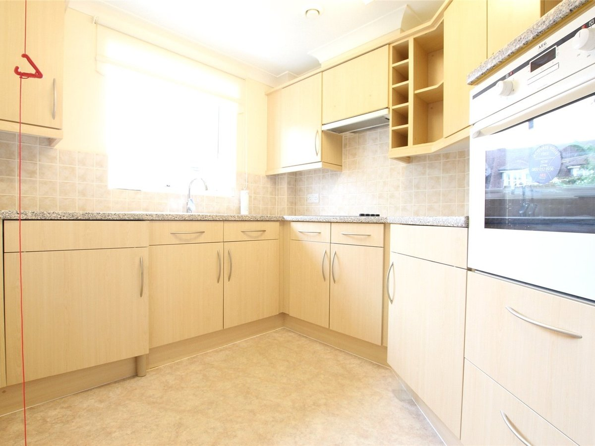 1 bedroom  Flat/Apartment for sale in Northants - Slide 2