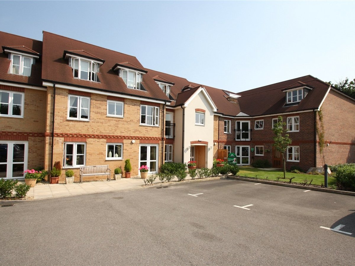 1 bedroom  Flat/Apartment for sale in Northants - Slide 7