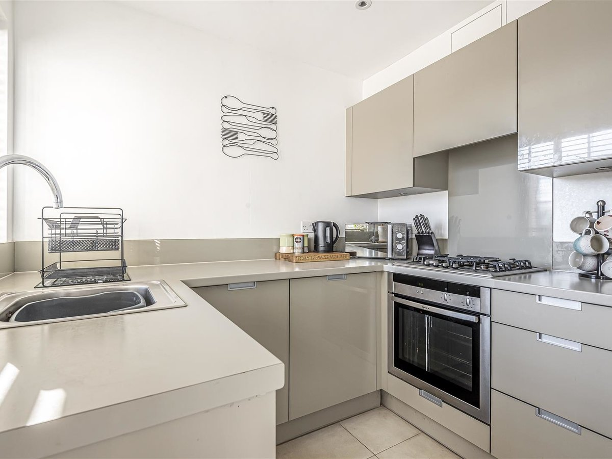 1 bedroom  Flat/Apartment for sale in Bicester - Slide 6