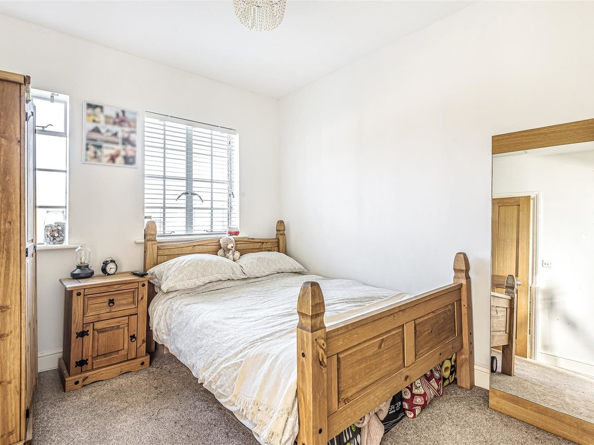 1 bedroom  Flat/Apartment for sale in Bicester - Slide 7