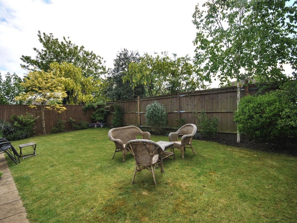 House - Detached for sale in Wing Leighton Buzzard - Slide 15