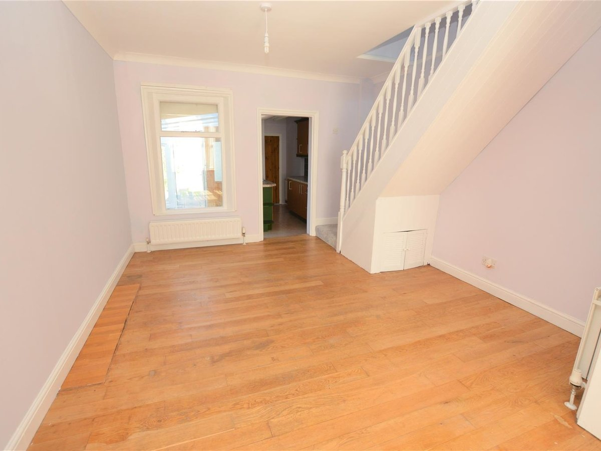 2 bedroom  House for sale in Bedfordshire - Slide 6