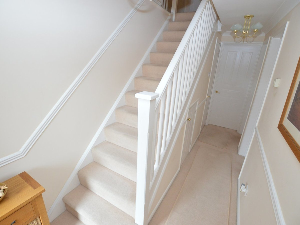 4 bedroom  House for sale in Bedfordshire - Slide 9