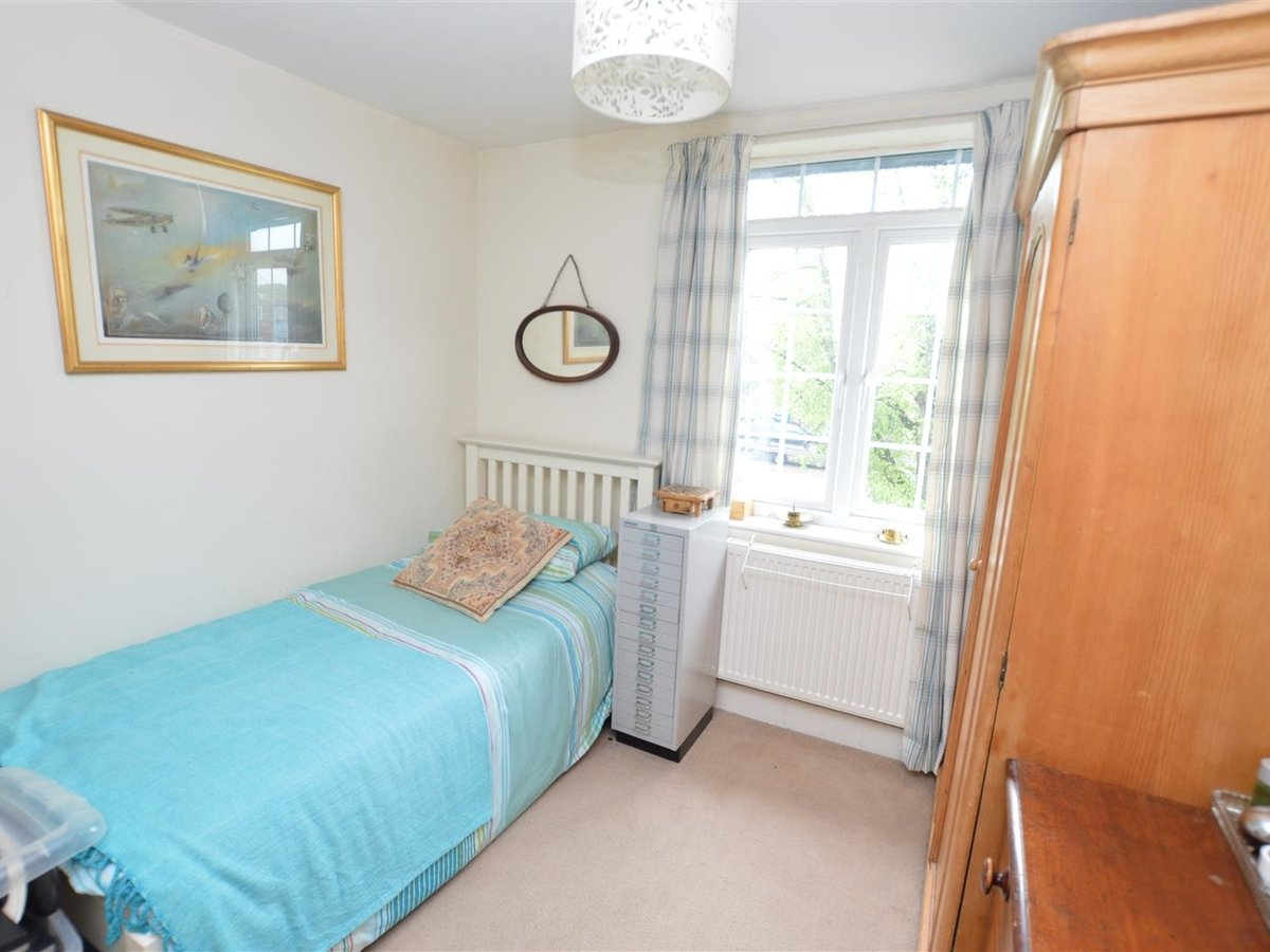 3 bedroom  House for sale in Bedfordshire - Slide 13