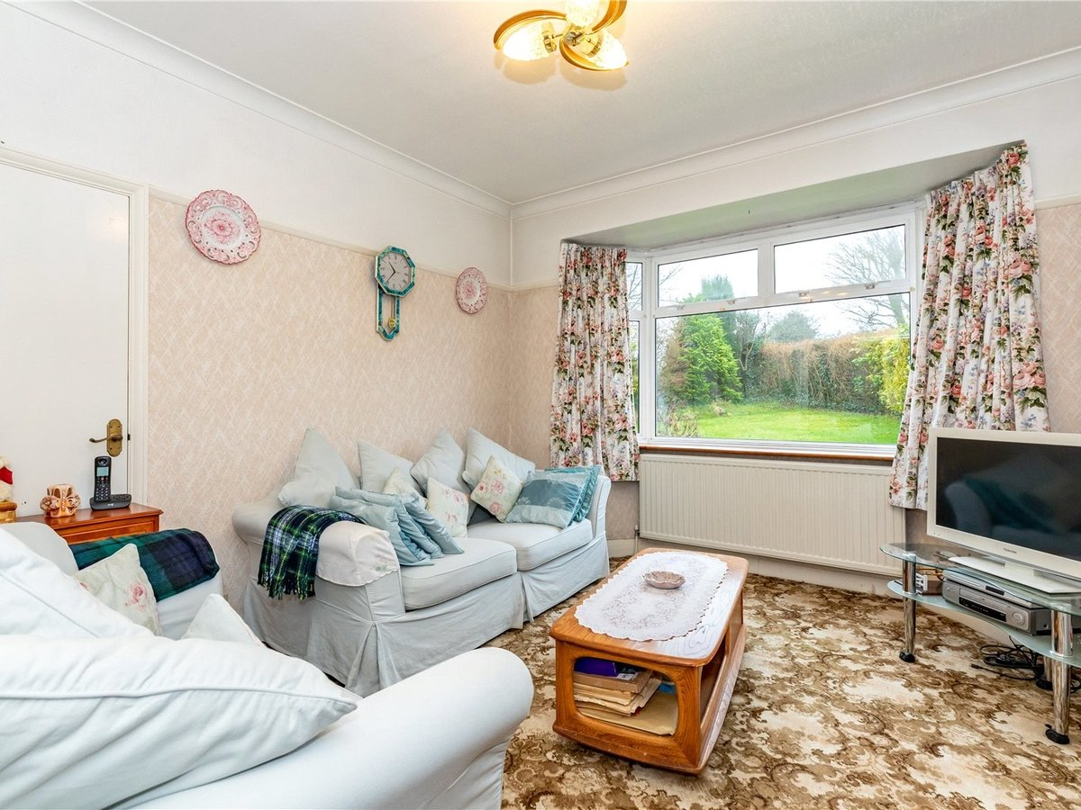 3 bedroom  House for sale in Dunstable - Slide 10