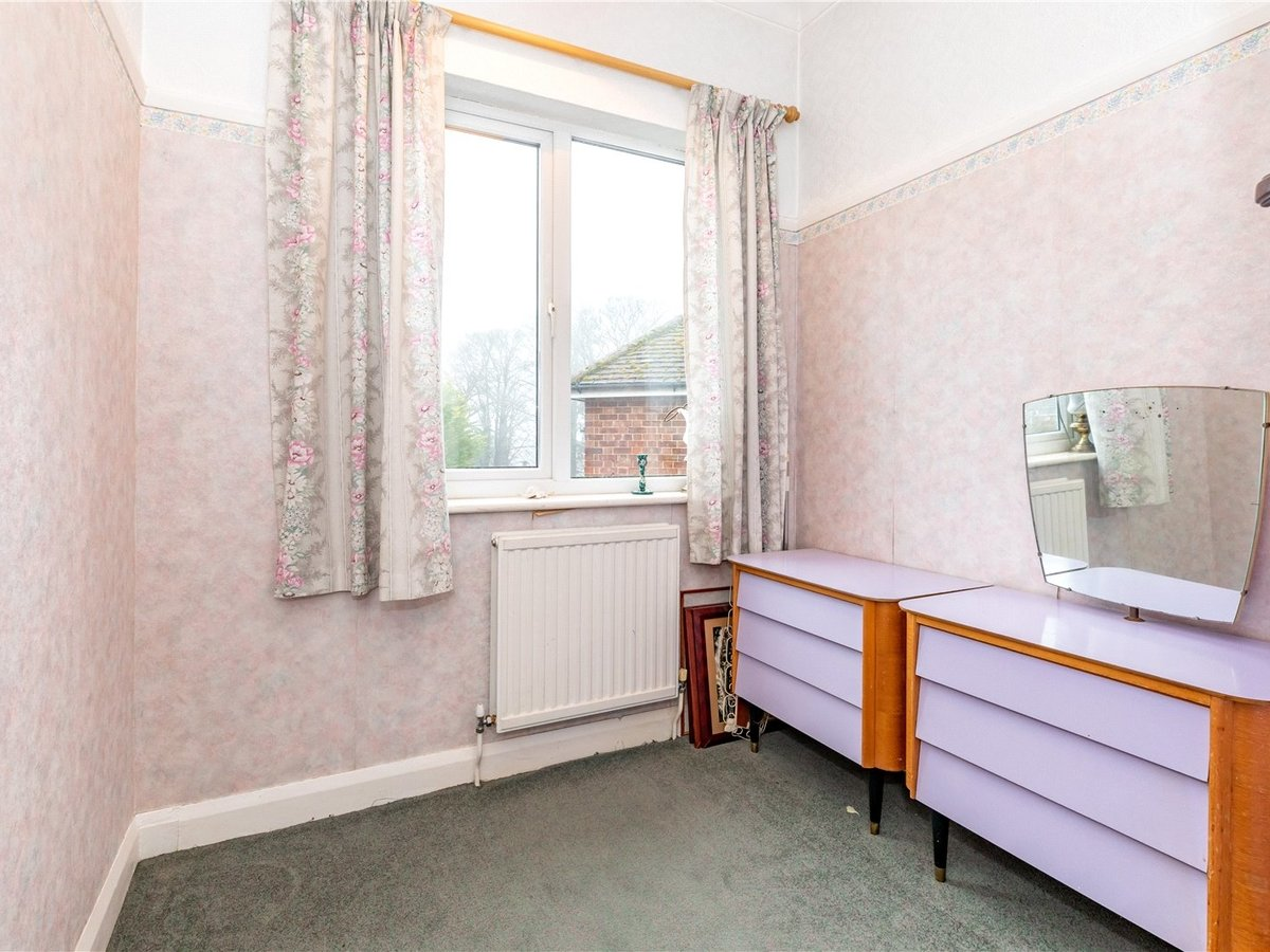 3 bedroom  House for sale in Dunstable - Slide 13