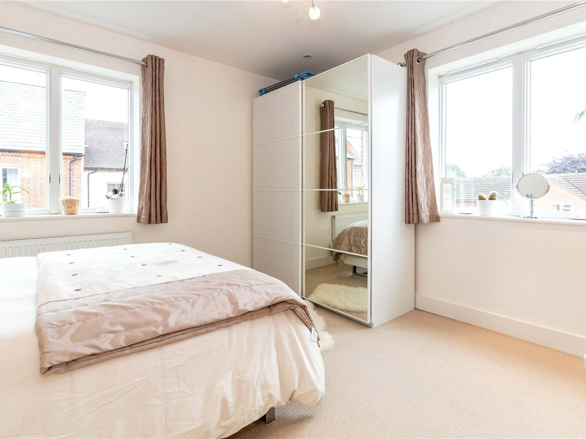 1 bedroom  Flat/Apartment for sale in Buckingham - Slide 9