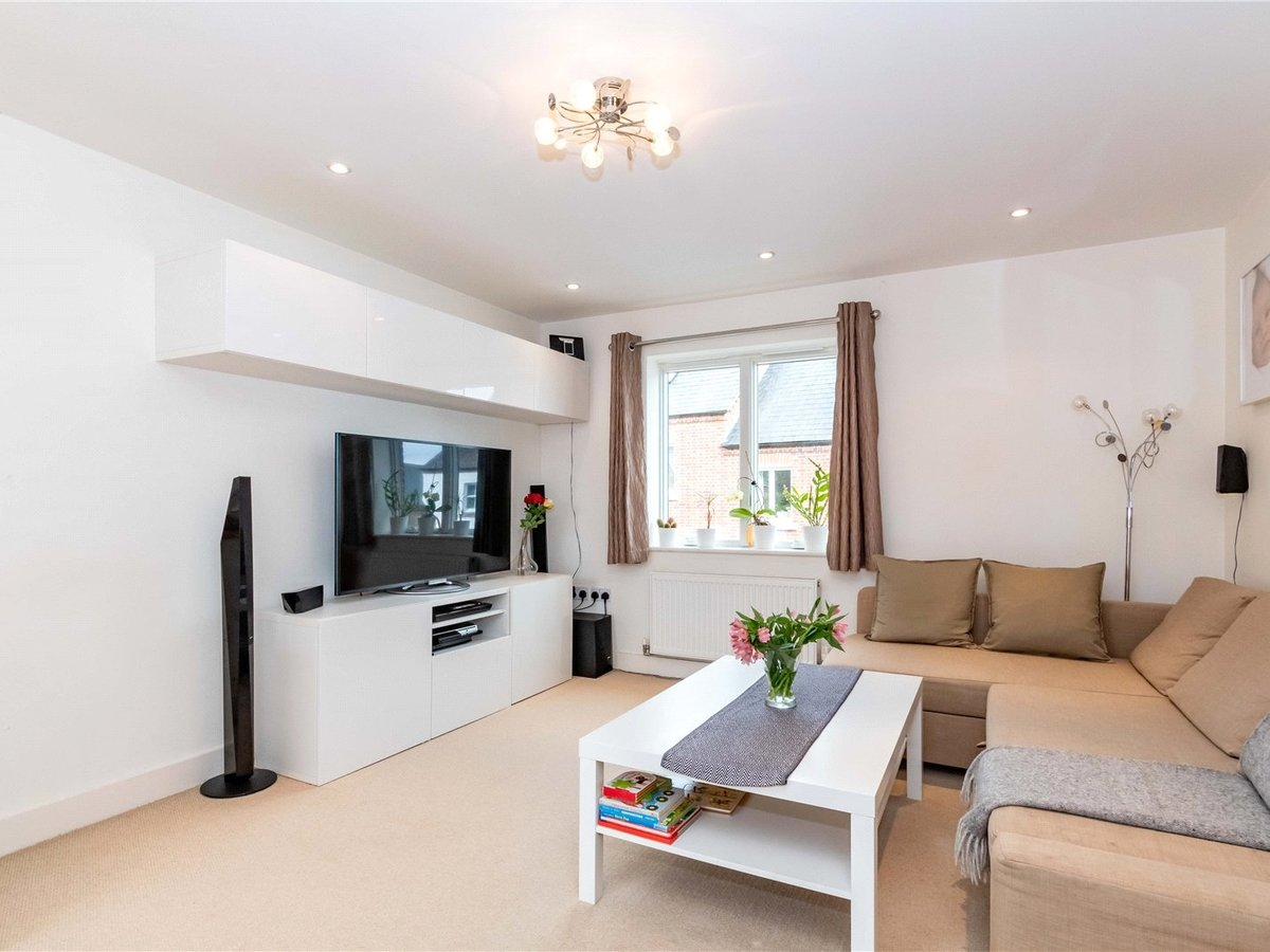 1 bedroom  Flat/Apartment for sale in Buckingham - Slide 8