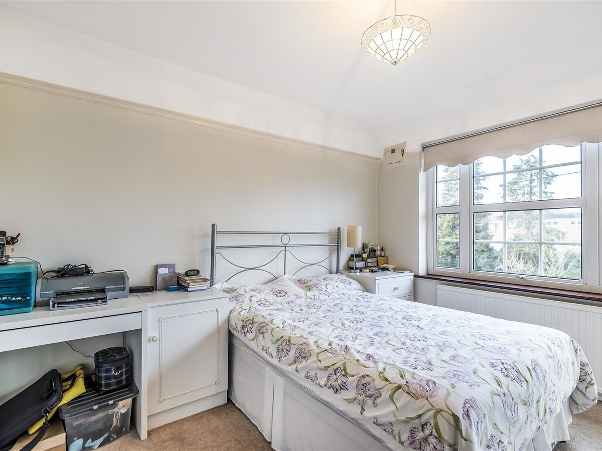 House - Semi-Detached for sale in Pinner - Slide 6