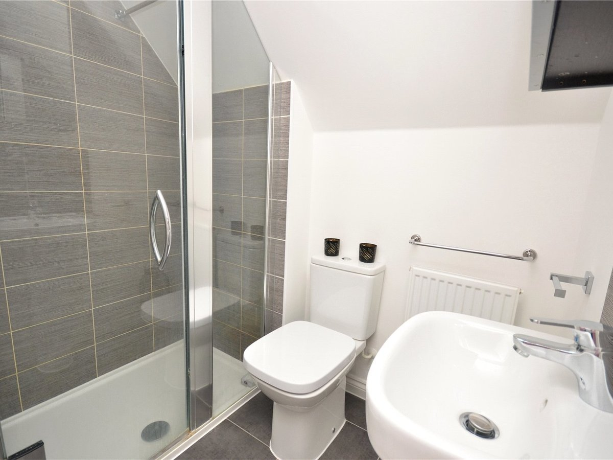 3 bedroom  House for sale in Bedfordshire - Slide 7