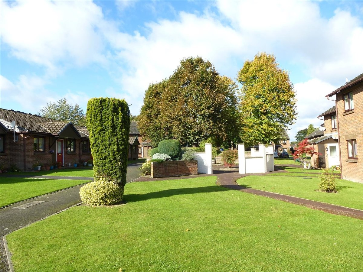 Flat - Retirement for sale in Dunstable - Slide 2