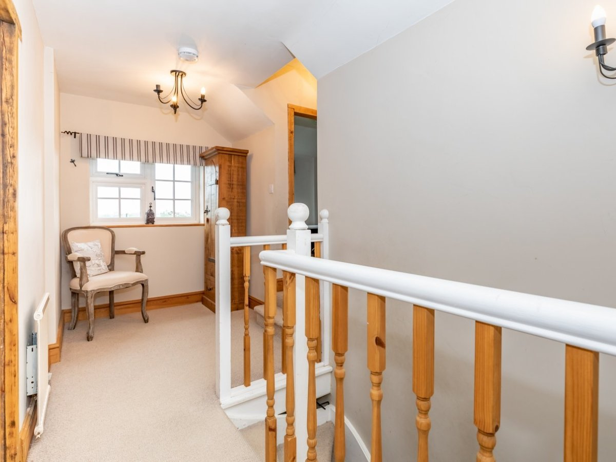 4 bedroom  House for sale in Buckinghamshire - Slide 15