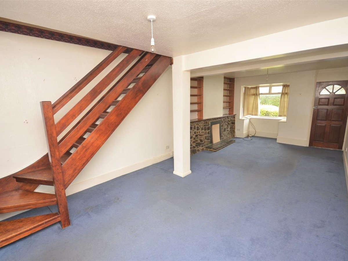 2 bedroom  House - Mid Terrace for sale in Leighton Buzzard - Slide 3