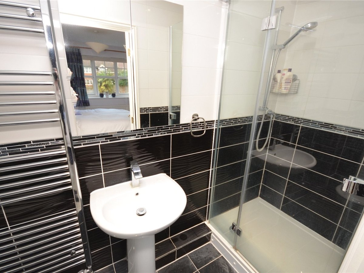 4 bedroom  House for sale in Aylesbury - Slide 9