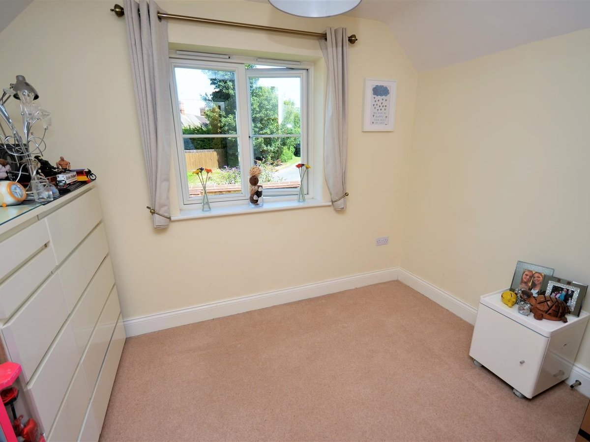 3 bedroom  House - Semi-Detached for sale in Whitchurch - Slide 11