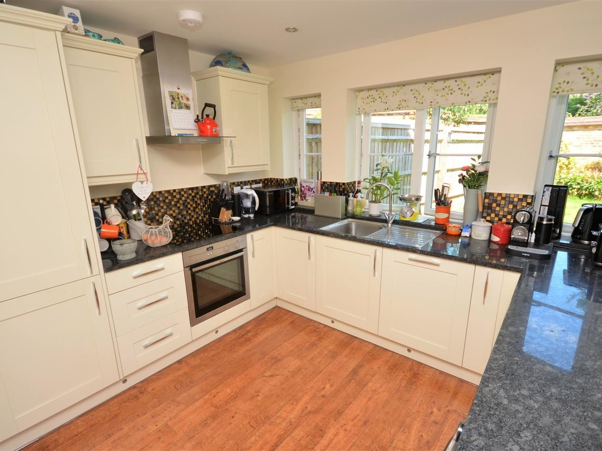 3 bedroom  House - Semi-Detached for sale in Whitchurch - Slide 1