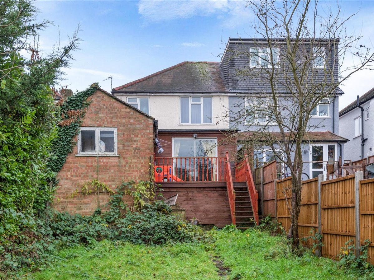 House - Semi-Detached for sale in Northolt - Slide 8