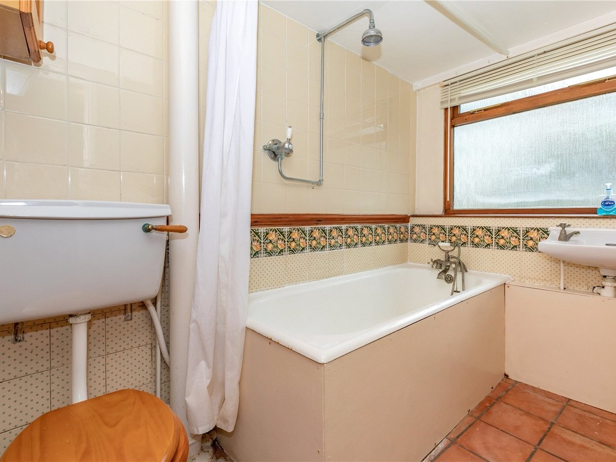 1 bedroom  House for sale in Buckinghamshire - Slide 9