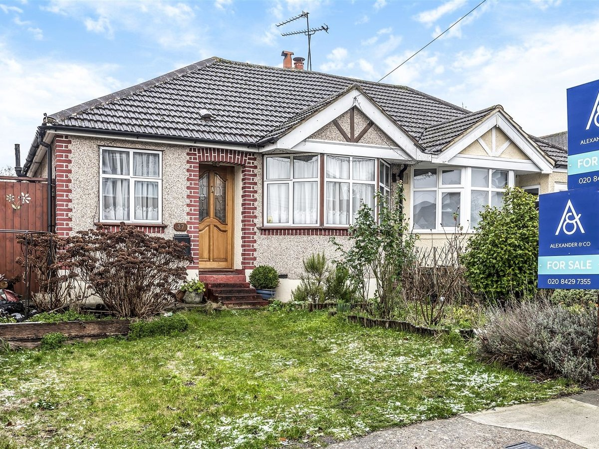 Bungalow - Semi Detached for sale in Pinner - Slide 1