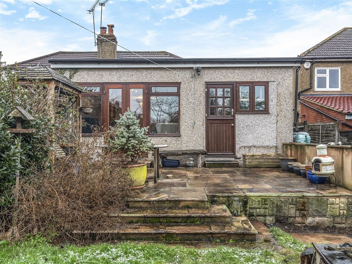 Bungalow - Semi Detached for sale in Pinner - Slide 7