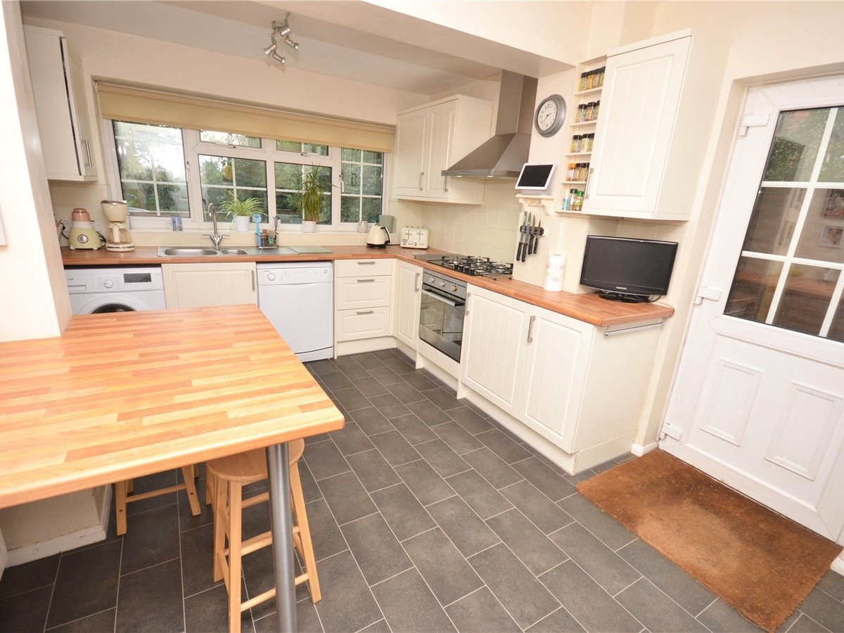 3 bedroom  House for sale in Leighton Buzzard - Slide 6