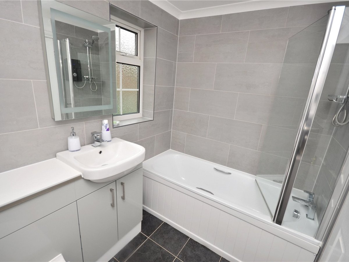 3 bedroom  House for sale in Leighton Buzzard - Slide 3
