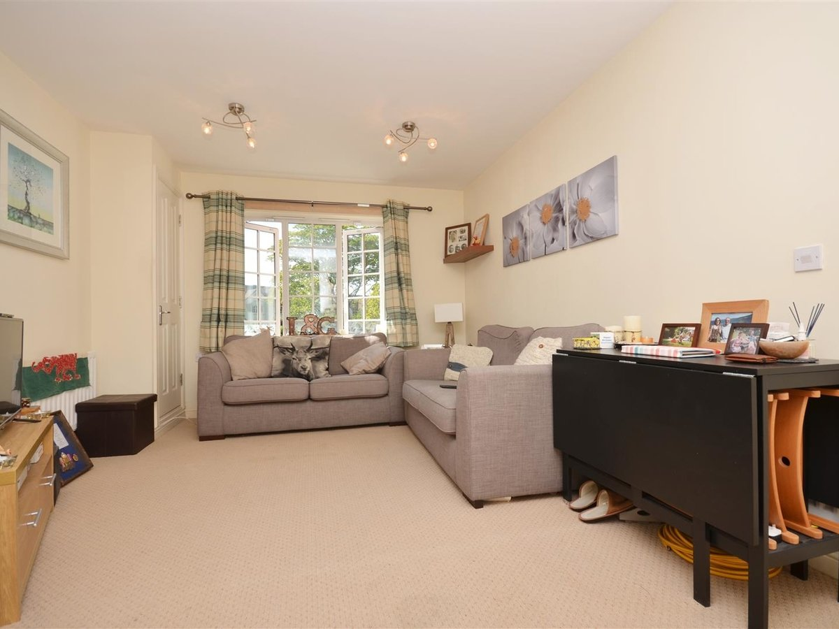 1 bedroom  Apartment for sale in Wendover. Aylesbury - Slide 2