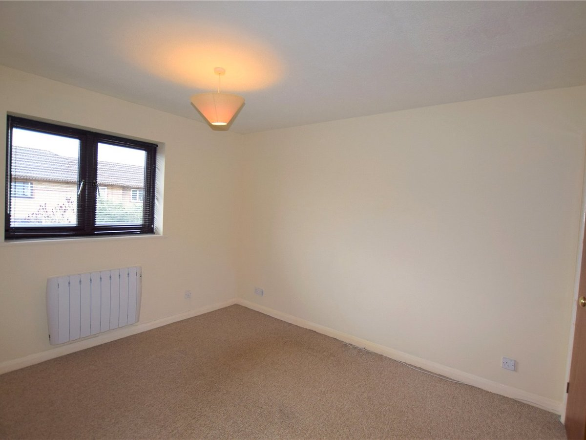 1 bedroom  House to rent in Oxfordshire - Slide 4
