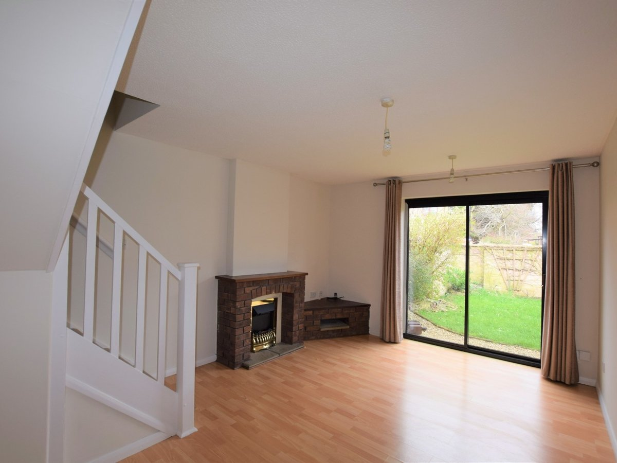 2 bedroom  Property to rent in Bicester - Slide 2