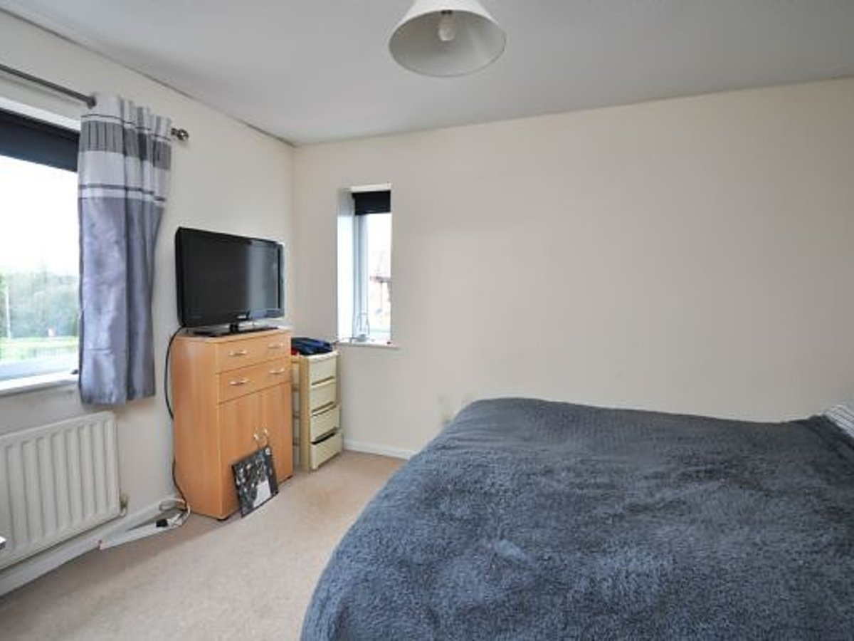 House to rent in Bicester - Slide 5
