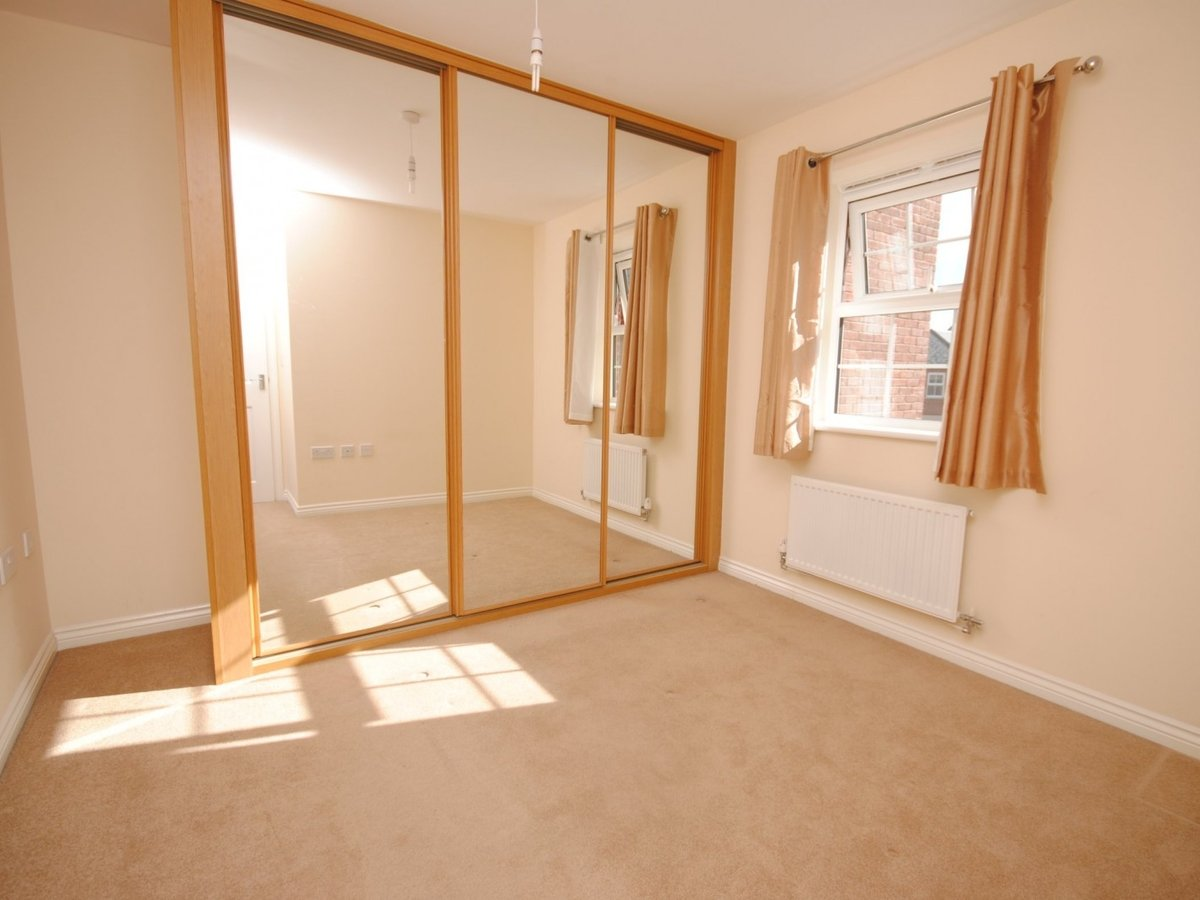 1 bedroom  Apartment to rent in Leighton Buzzard - Slide 4