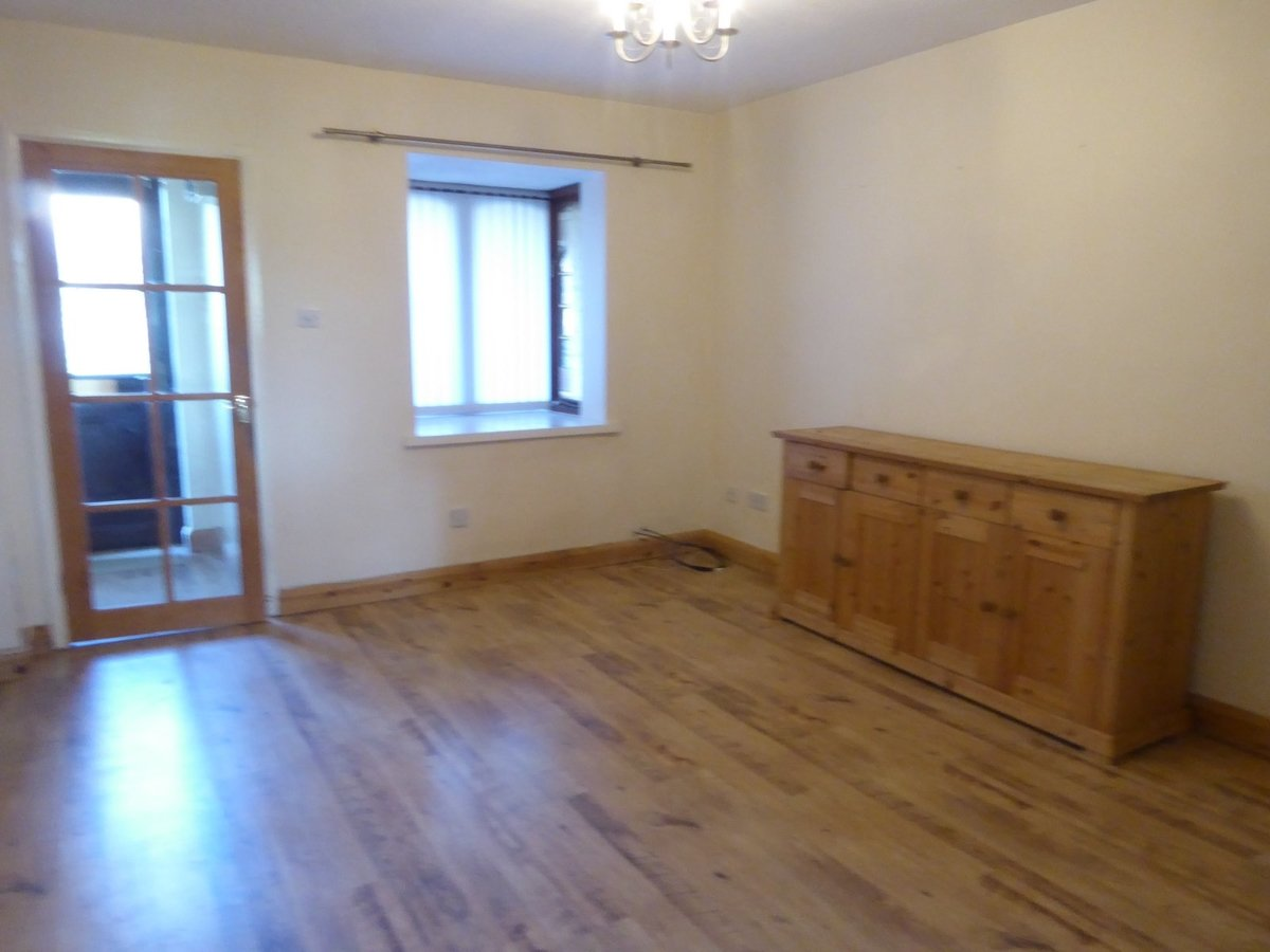2 bedroom  House to rent in Bedfordshire - Slide 5