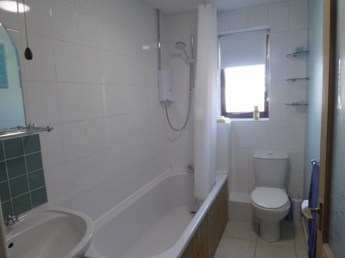 2 bedroom  House to rent in Bedfordshire - Slide 9