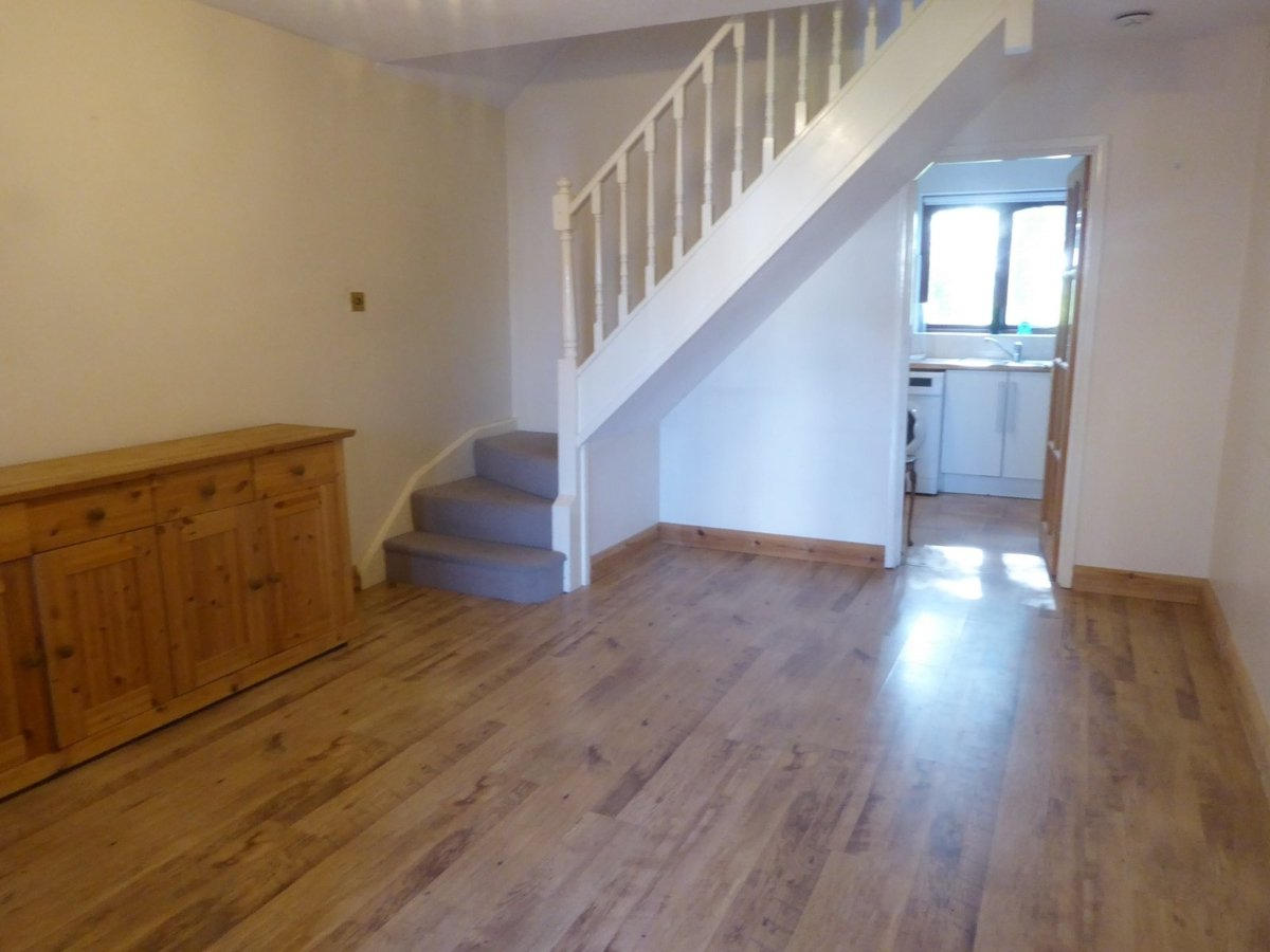2 bedroom  House to rent in Bedfordshire - Slide 2