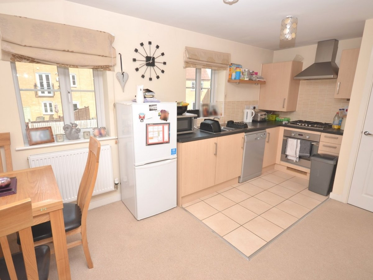 1 bedroom  Maisonette to rent in Leighton Buzzard - Slide 3