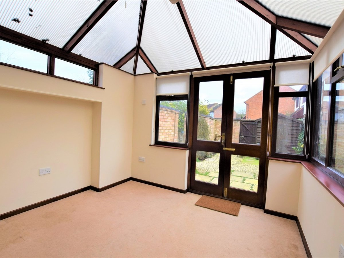 House to rent in Bicester - Slide 4