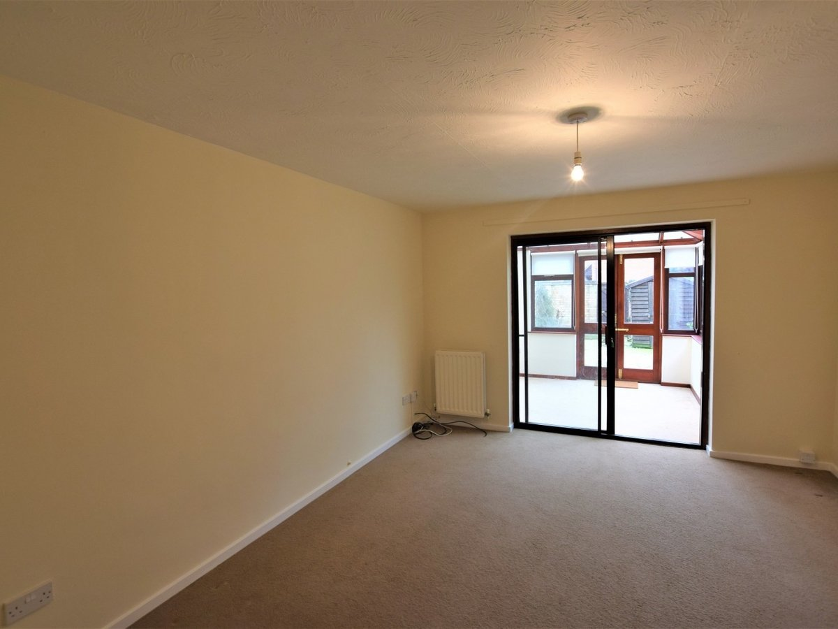 House to rent in Bicester - Slide 2