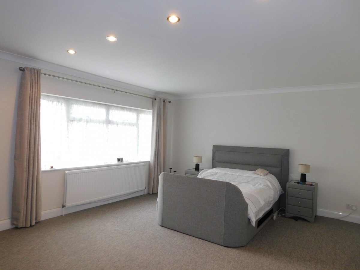 House to rent in Harrow - Slide 4