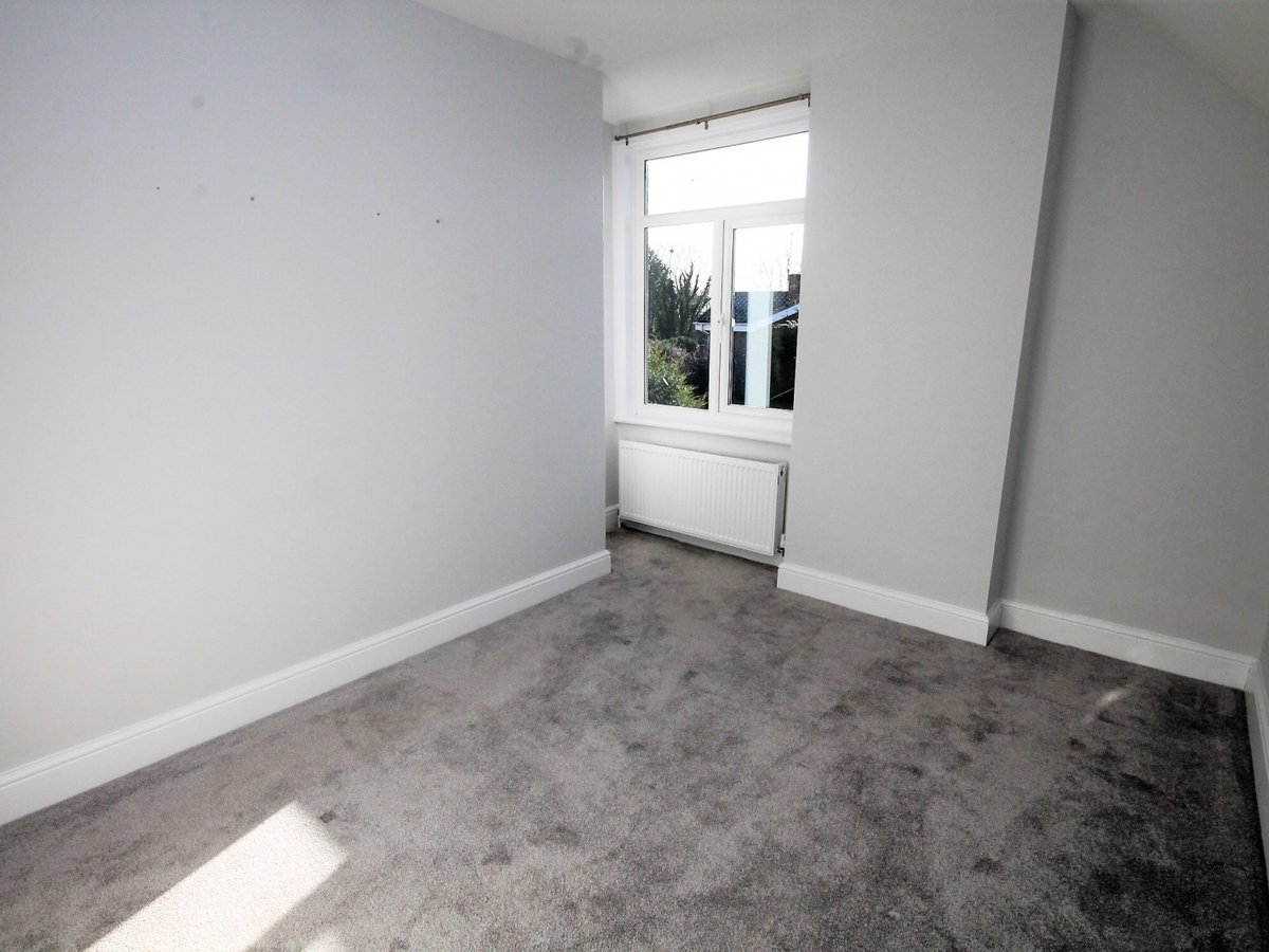Apartment to rent in Whitchurch - Slide 5
