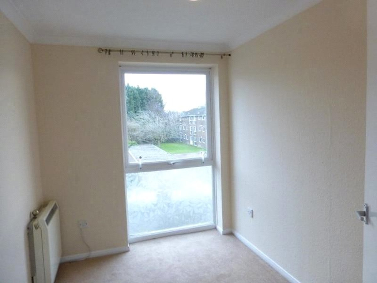 2 bedroom  Flat/Apartment to rent in Bedfordshire - Slide 5