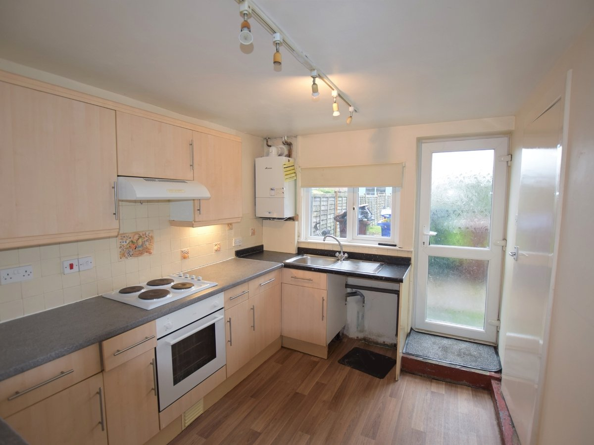 2 bedroom  House to rent in Bicester - Slide 3