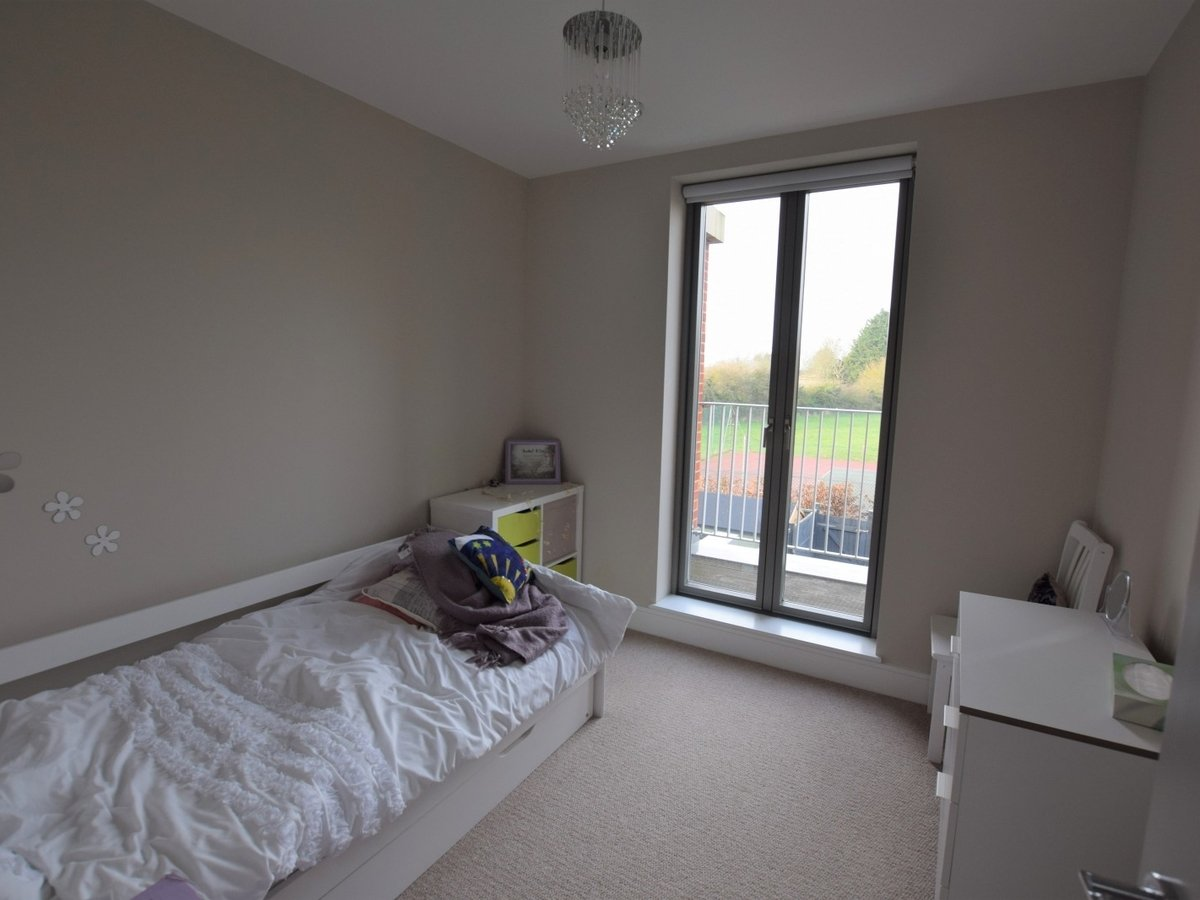 House to rent in Bicester - Slide 7